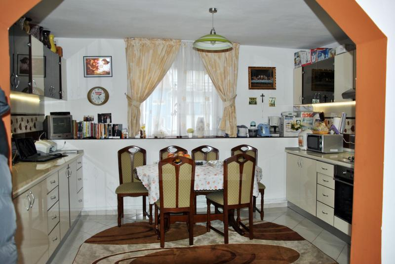 House for sale 3 rooms, CACJ206350-5