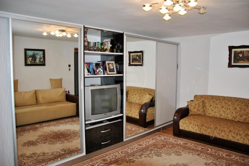 House for sale 3 rooms, CACJ206350-8