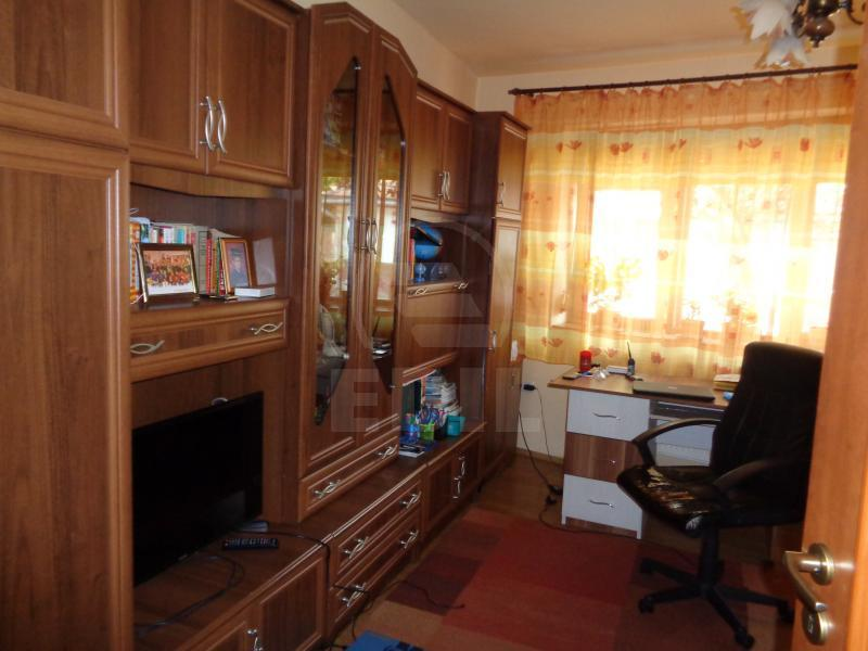 House for sale 4 rooms, CACJ231006-3