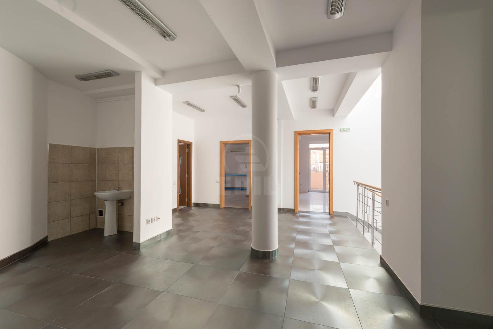 Office for sale 17 rooms, BICJ272190-11