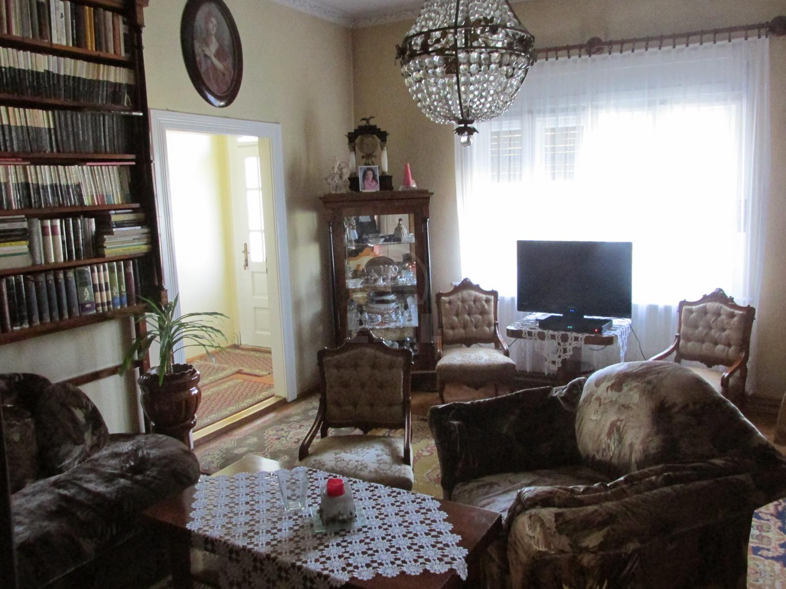 House for sale 6 rooms, CACJ274470-22