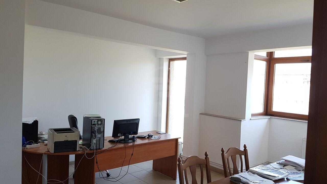 Hall for rent 15 rooms, HACJ279206-9