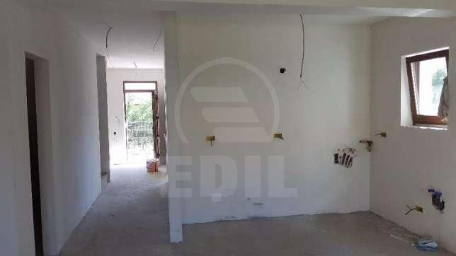 House for sale 4 rooms, CACJ279638-2