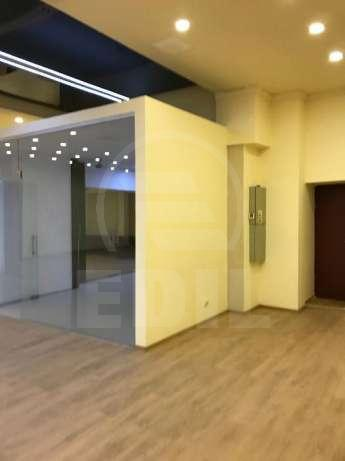 Commercial space for rent a room, SCCJ280525-2