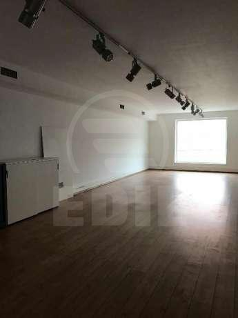 Commercial space for rent a room, SCCJ280525-4