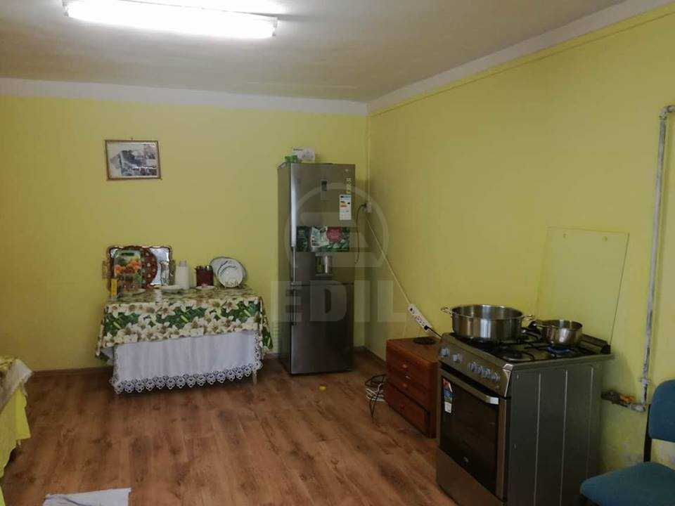 House for sale 5 rooms, CACJ287765-6