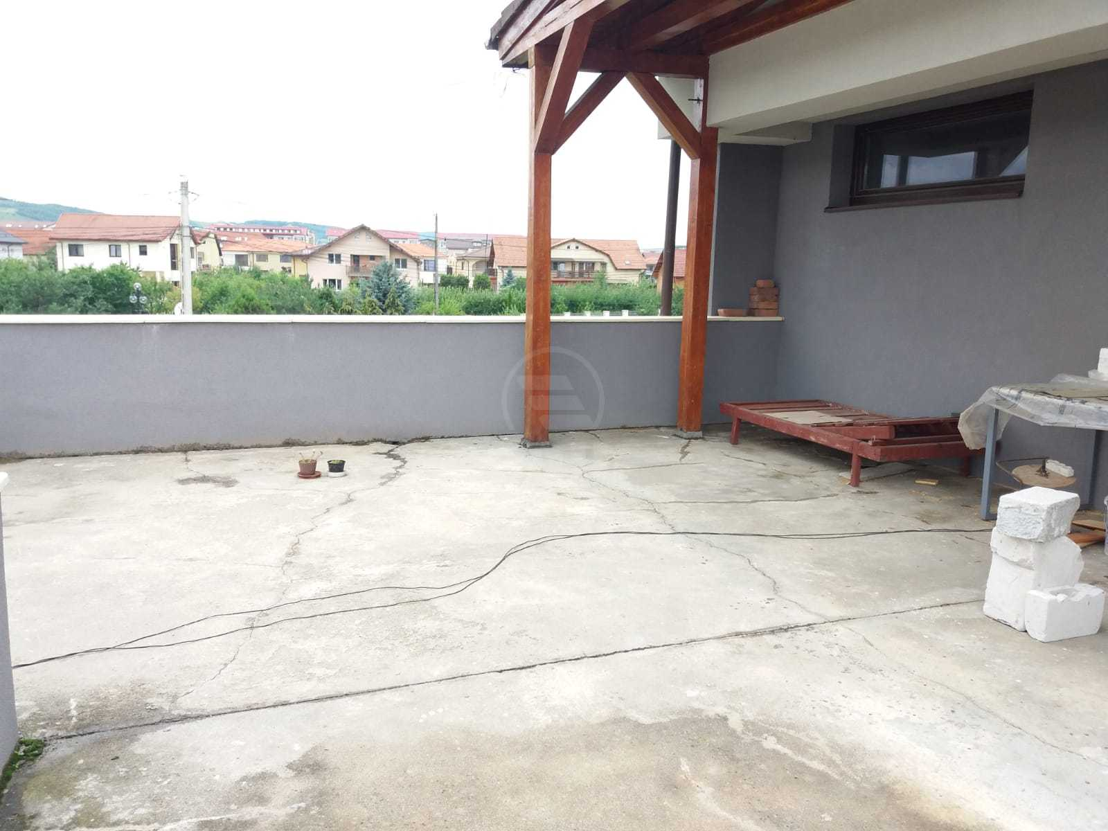 House for rent 13 rooms, CACJ232233FLO-5
