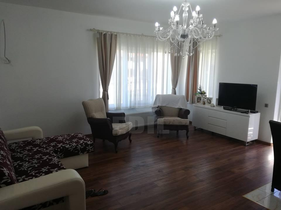 House for sale 5 rooms, CACJ293218-6