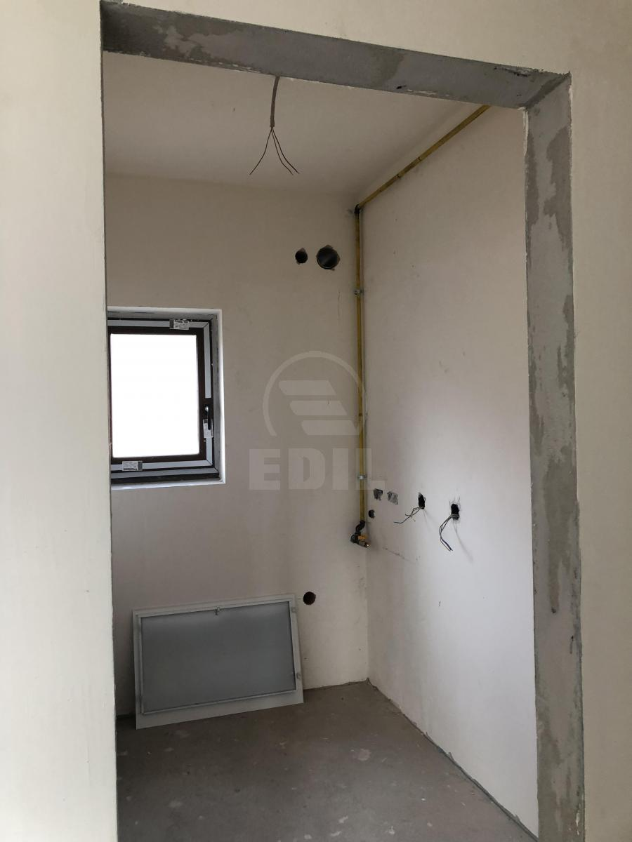 House for sale 4 rooms, CACJ295296-8