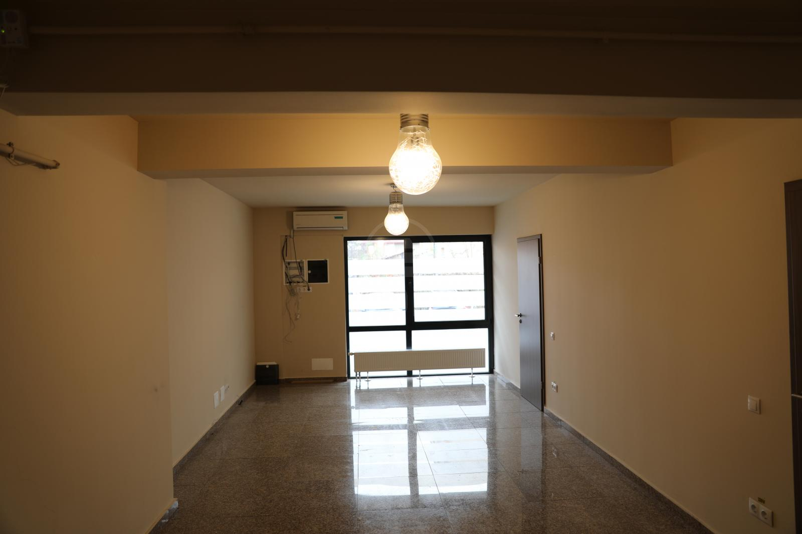 Commercial space for sale 3 rooms, SCCJ297529-9