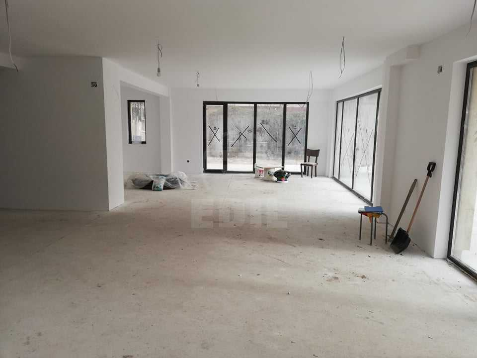 Commercial space for rent a room, SCCJ297101-1