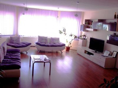 House for sale 8 rooms, CACJ210799