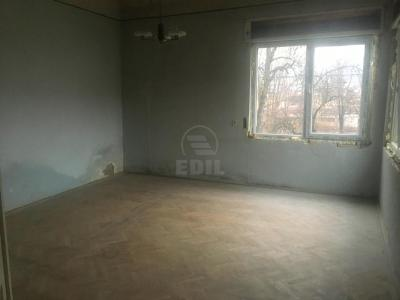 House for sale 4 rooms, CACJ272380