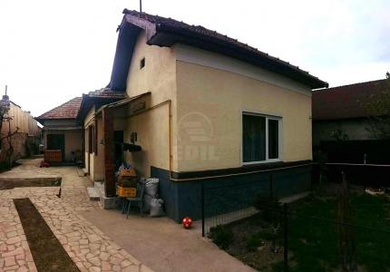 House for sale 5 rooms, CACJ274450
